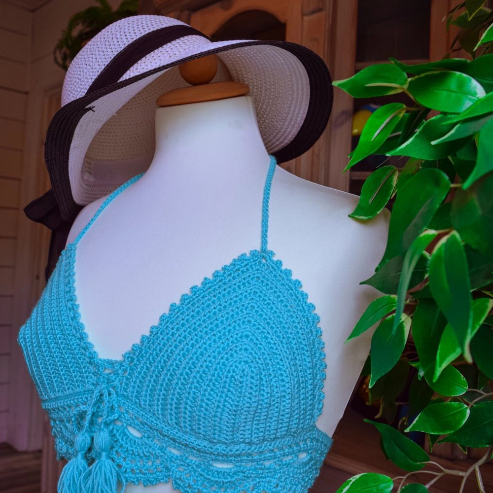 Handmade, Materials: 100% acrylic, Size: Small Perfect for Summer - Beach outfit., Free Delivery Sweden. Stickat.