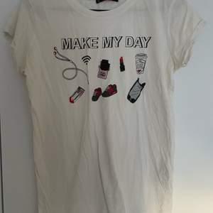 Vit T-shirt från NewYorker i storleken S, knappt använd
