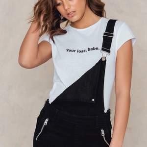 T-shirts säljes i väldigt fint skick, knappt använd.