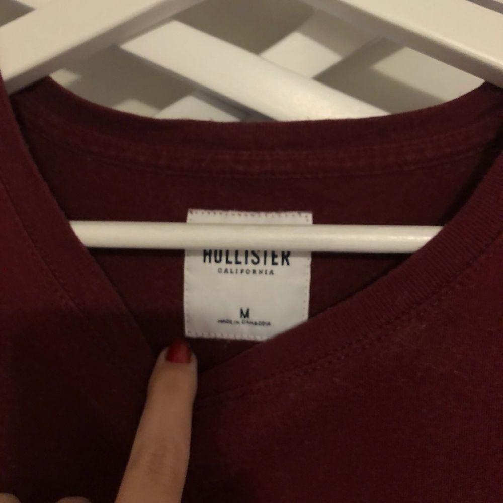 Säljer mina hollister T-shirt. 120kr stycket ink frakt!😍. T-shirts.