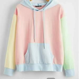 Fin oanvänd pastell hoodie