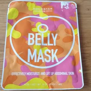 Belly mask ger effektiv fuktning och lyfter huden på magen.magen.Helt ny oöppnad aldrig använd. 20 kr med frimärke inräknat.skickar som brev.