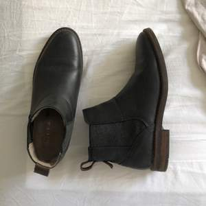 Ursnygga Mars O'Polo boots, använda en höst bara några gånger. Köparen står för frakt.
