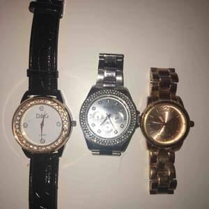 3 olika klockor. D&G, Regal & en guld/rose klocka💕 Bra skick (Tickar ej)