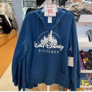 Om du har Disney plagg elr annan Disney merch får ni gärna höra av er