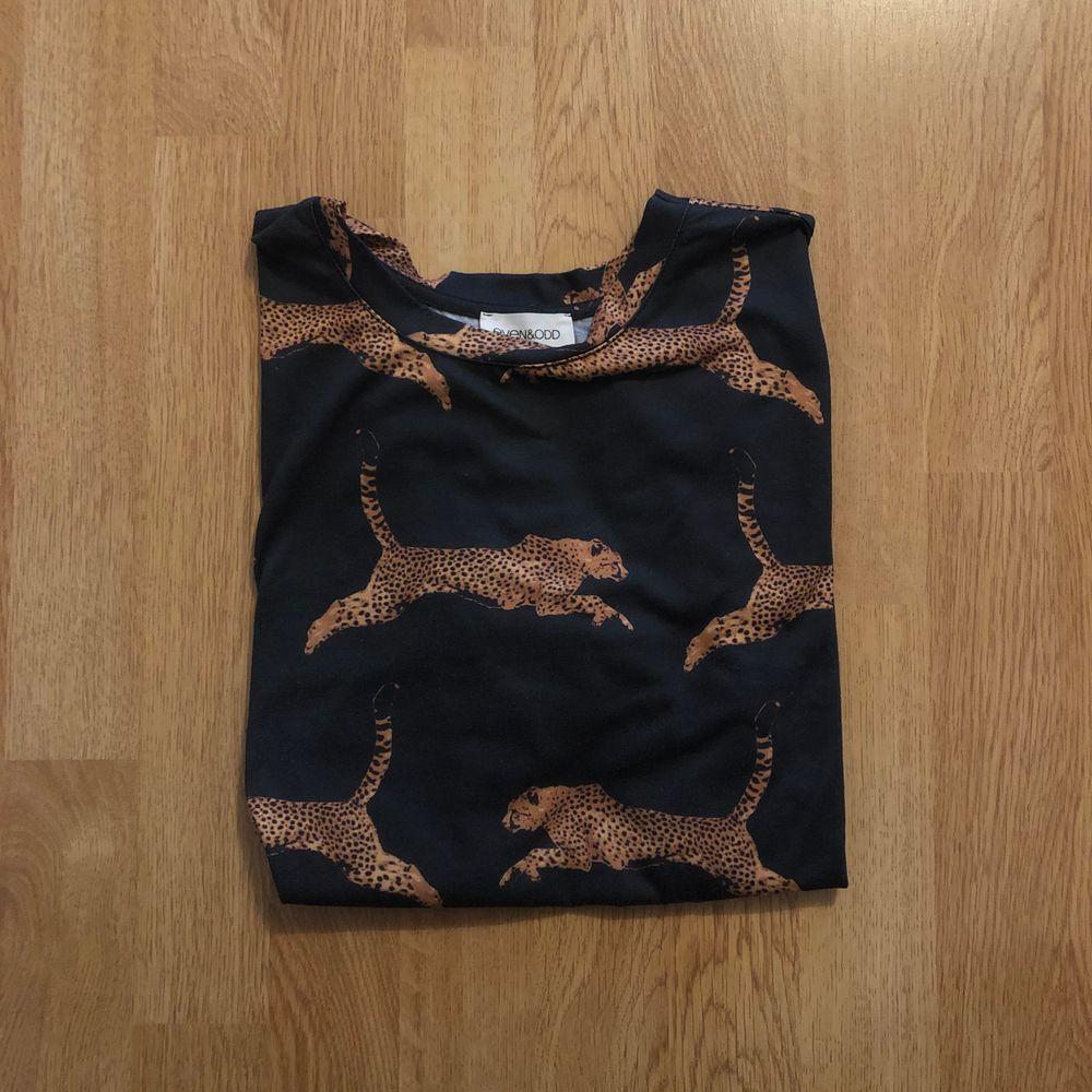 T-shirt från even & odd köpt på Zalando. Storlek S. T-shirts.