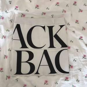 Kjol från Ann-Sofie Back. Fint skick, köpt på Plick men bara använd 1 gång av mig.