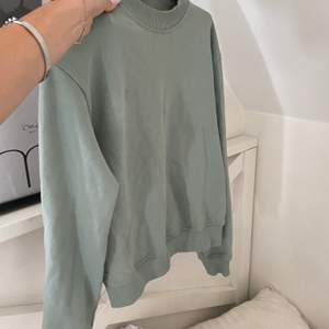 Sweater från Nakd. Storlek xs. 89 + frakt 63kr
