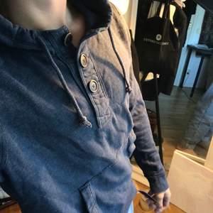 Blå holister hoodie