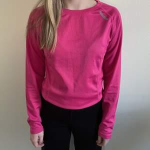 Träningströja i fin rosa färg