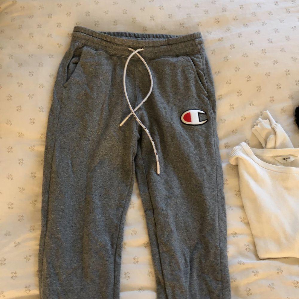 Fina mjukis byxor använt fåtal gånger. Jeans & Byxor.