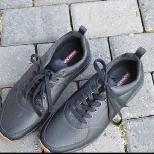 Helt nya sneakers från Björn Borg! Säljer då de är för stora. Frakt tillkommer!