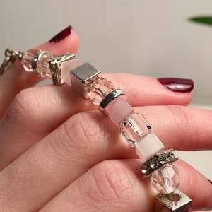 Armband från Lilja & Lykke i nyskick, aldrig använd! Medföljande påse🌸
