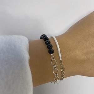 Ett snyggt, trendigt och handgjort armband från kollektion natten🌑