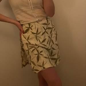 Kort unik kjol sydd som shorts! Smidig smart modell 🥰