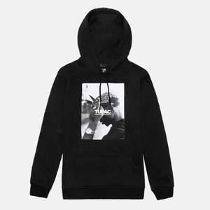 Säljer min 2pac hoodie som inprincip är i nyskick. Nypriset är 600kr💕 Högsta bud 350kr