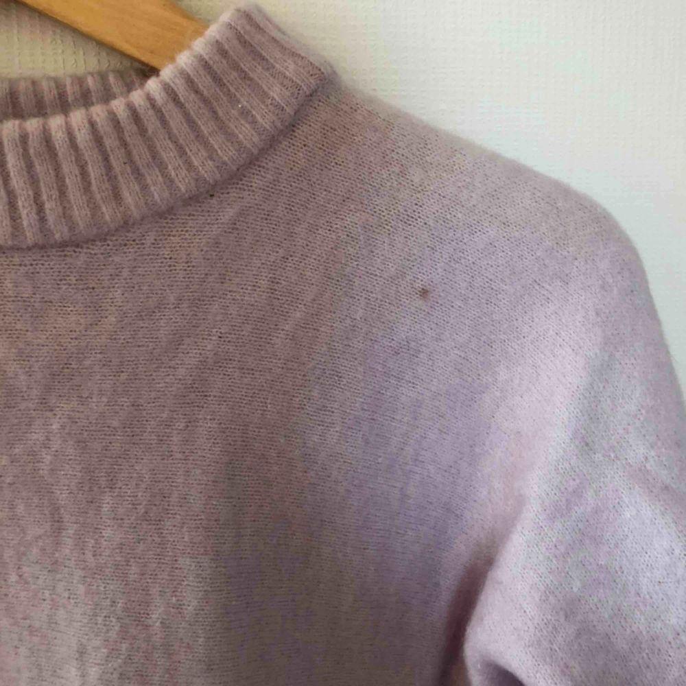 Supersnygg och mysig tröja från Tiger of Sweden, nypris ca 900kr. Stickat.
