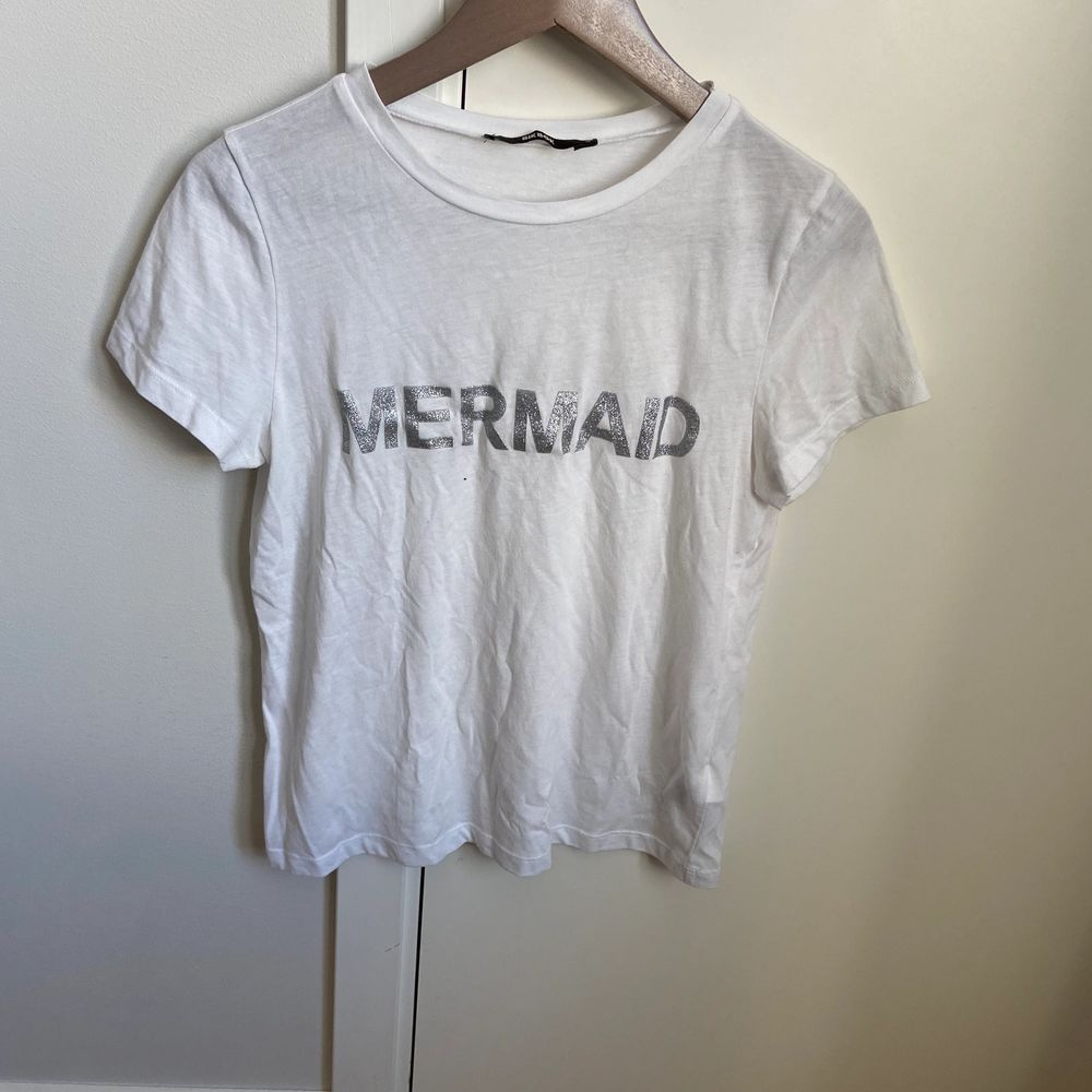 I bra skick storlek S från bik bok . T-shirts.