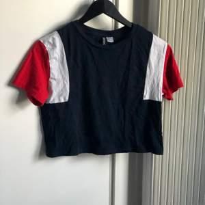 T-shirt från H&M, är i nyskick!