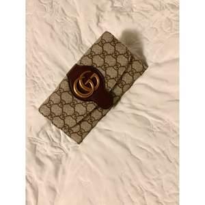 Ny Gucci plånbok (kopia)
