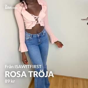 Rosa tröja från iISAWITFIRST.  Denna tröja har jag endast använt engång och det var till mina Instagram bilder.  Storlek 4 (UK) alltså xs