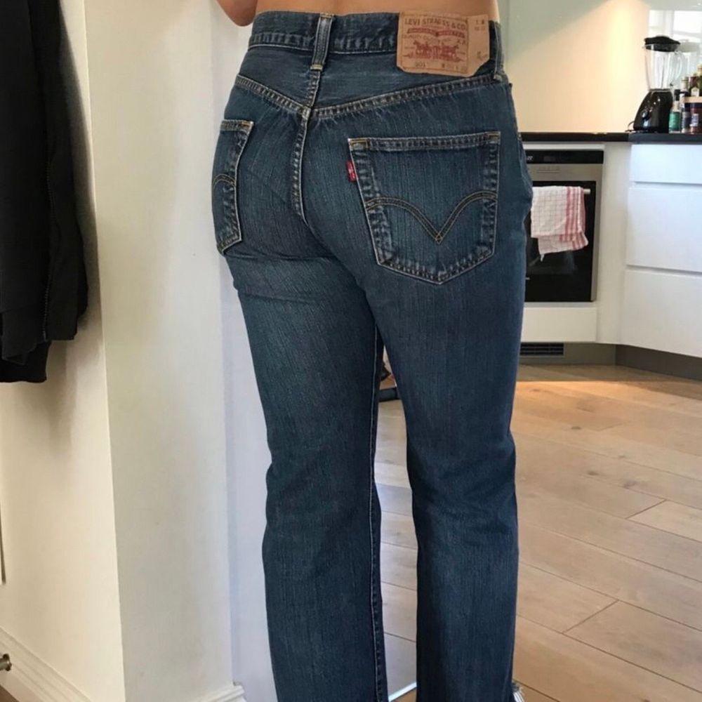 Levis 501, passar på mig som är en s/m. Jeans & Byxor.