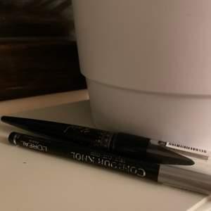 Två eyeliners i svart, köpta i december 2020. Säljes för 10kr/st, frakt tillkommer. ✨🥰frakt:12kr