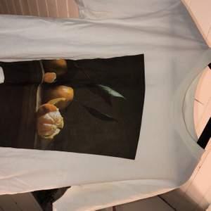 En söt tröja från Monki