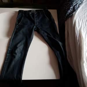 Acne jeans storlek 29/34