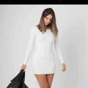 Lottie dress thick Ribbed knit från Styleaddict