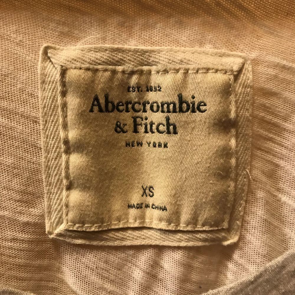 Snygg tröja från A&F. Blusar.