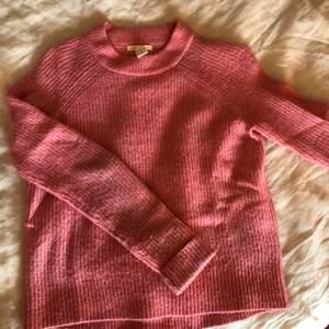 Rosa stickat tröja från hm