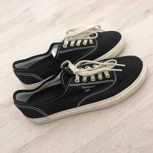superfina svarta Gant skor, bra skick. skriv för frågor