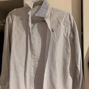 Blåvit skjorta från Ralph lauren köpt i USA!
