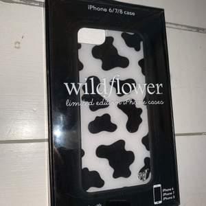Säljer mitt helt nya wildflower iPhone skal pga ny mobil. Köpt för $35, helt oanvänt! :))