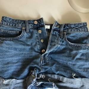 Fina jeansshorts från Hm. Strl 36. Köpare står för frakt✌️