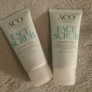 Två helt oanvända face scrubs från aco. Kan köpas i pack eller styck! KÖPAREN STÅR FÖR FRAKTEN!