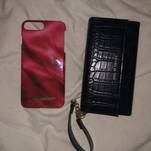 Svarta är oanvänt och den röda är använd men har kvar all färg och inga sprickor ❤️ båda för 80 kr