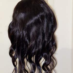 100% human hair wig, it can be straightened and curly
