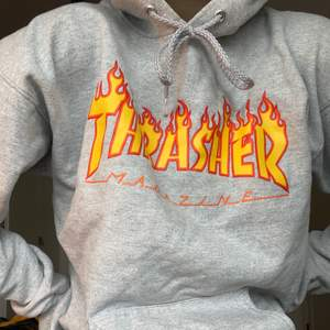 Säljer min trasher hoodie pågrund av att den inte kommer till användning. Köpte den från Plick för cirka 2 år sedan men är i mycket bra skick.