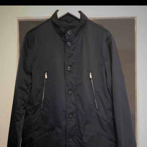 Never Used   Bought for 1500 sek   Perfect over a suit or for fancy occations