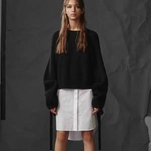 AllSaints Black Sura Sweater Dress — Använd sparsamt. Köparen står för frakt 📦 Skick: 10/10