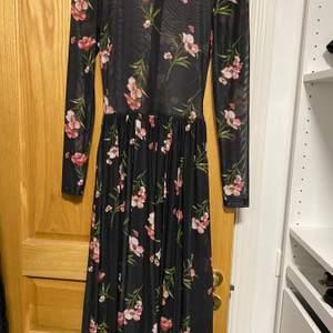 Helt nya klänning, aldrig använda