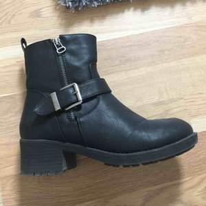 Shoe size 38 Winter shoe