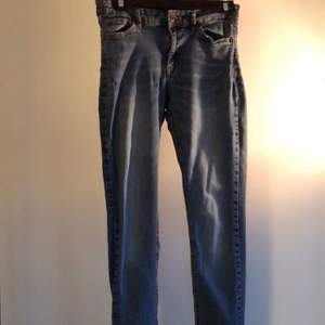 Classic skinny jeans from Ellos, size 28/32.