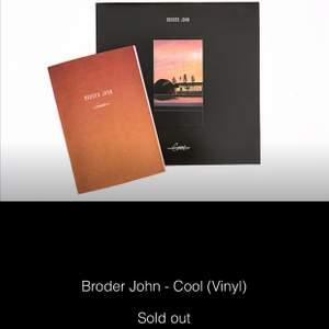 """Söker Broder Johns """"Cool"""" i LP!! Hör så gärna av dig om du har en som bara ligger och dammar!🤪"""