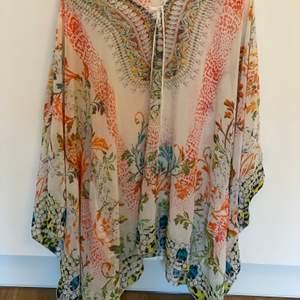 Fin blus / klänning, kan även användas som strandklänning