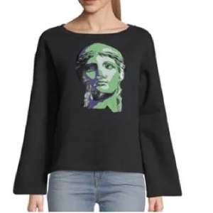 oanvänd sweatshirt, storlek m, nypris: 400kr. köparen står för frakten
