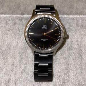Detta är en supersnygg klocka ifrån Boom Watches! Klockan är i gott skick då den är oanvänd och den är även vattentät. I butik så kostar en klocka 1399 kr men jag kommer att sälja denna klocka för endast 499 kr! Jag kan ses eller skicka klockan med post.