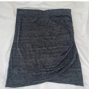 Tight kort sommar kjol, perfekt för sommaren! Storlek: XS